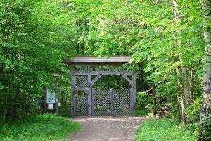 Brama do Rezerwatu Ścisłego BPN